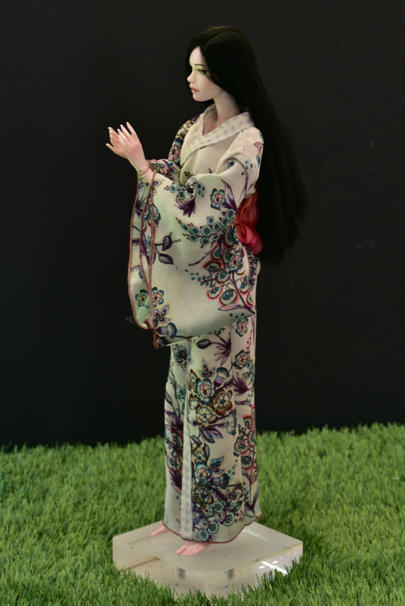Ball Jointed Doll Shadow Asian girl